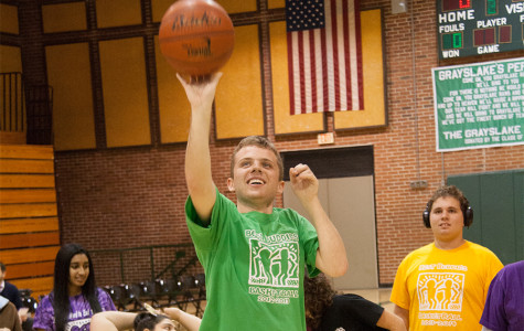 Best Buddies raises money with basketball, auction