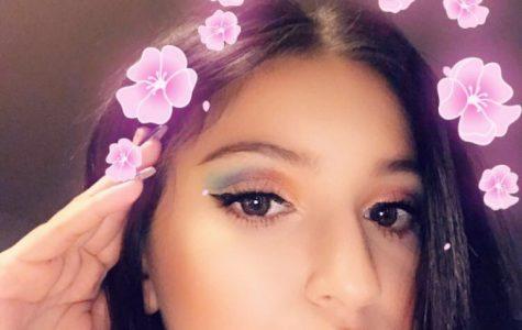 Kayla Flores