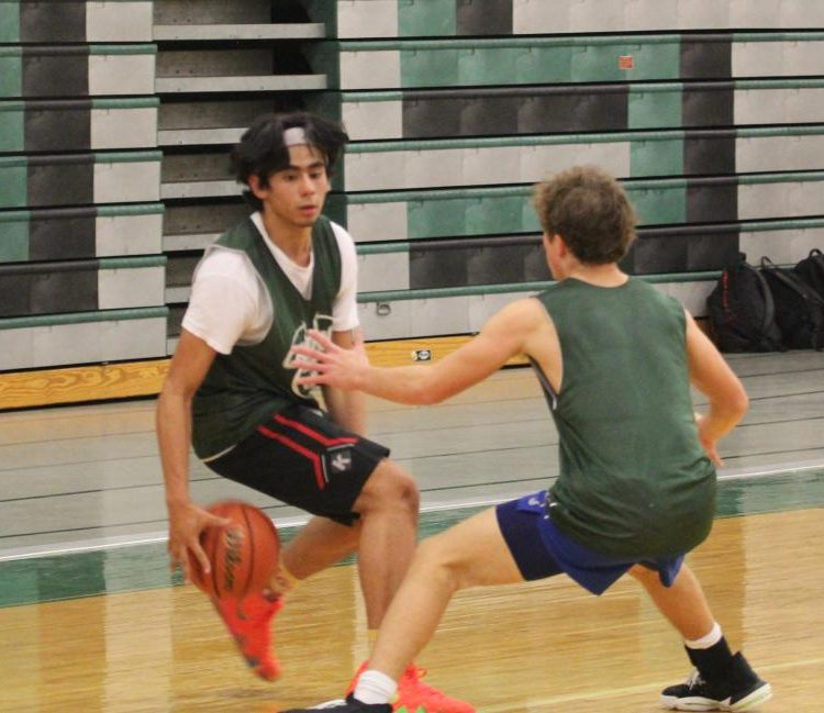 Zoel Martinez plays at a scrimmage during practice after school. Photo by Daniel Robins